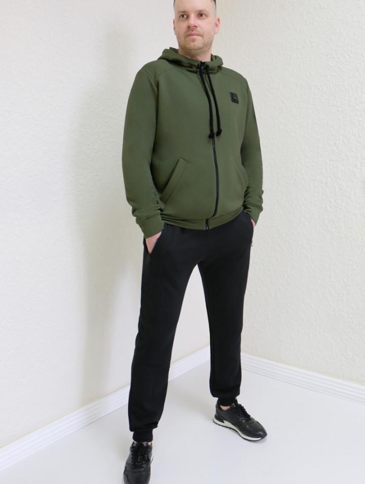 Мужской спортивный костюм 750